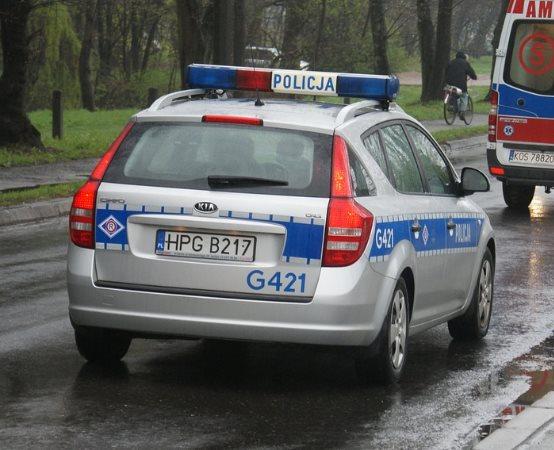 Policja Oświęcim: Gmina Oświęcim. Poszukiwany listem gończym oszust ukrył się w styropianie